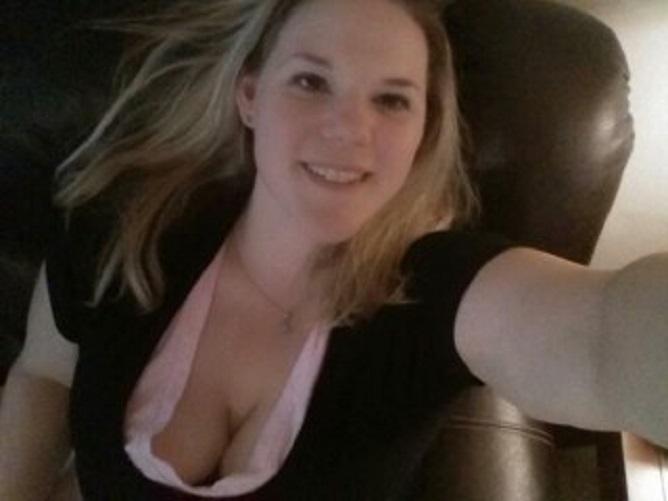 Discreet sexdaten iemand?