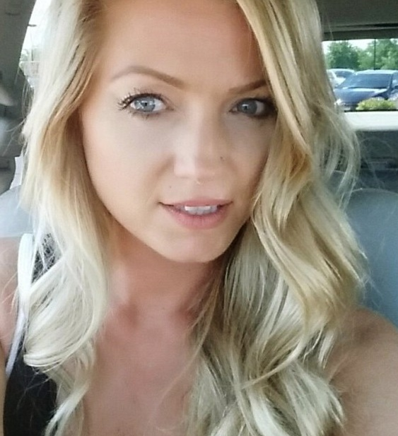 Ik wil dat stoute blondje dus zijn!