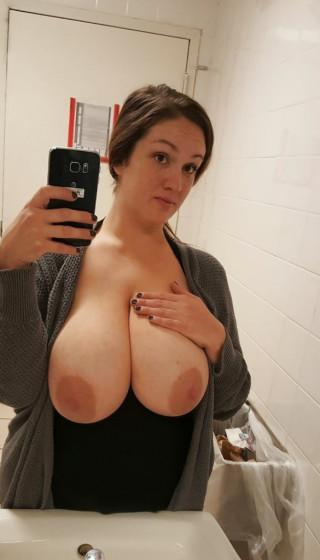 Hej wil je grote tieten neuken?