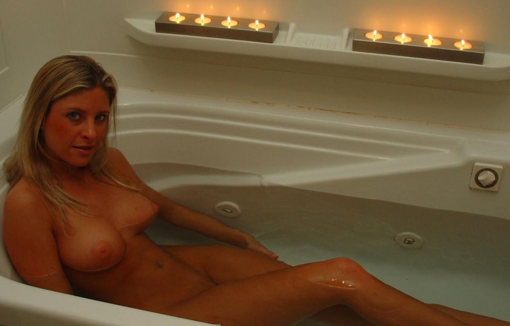 lekker samen badderend de avond doorneuken